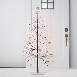 Winter Wedding LIghted Tree